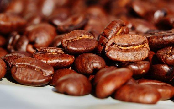 Naturalne źródła kofeiny i suplementy dla sportowców